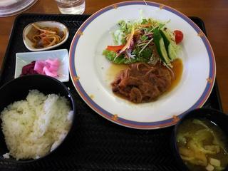 12月18日 昼食 ハンバーグ定食 650円
